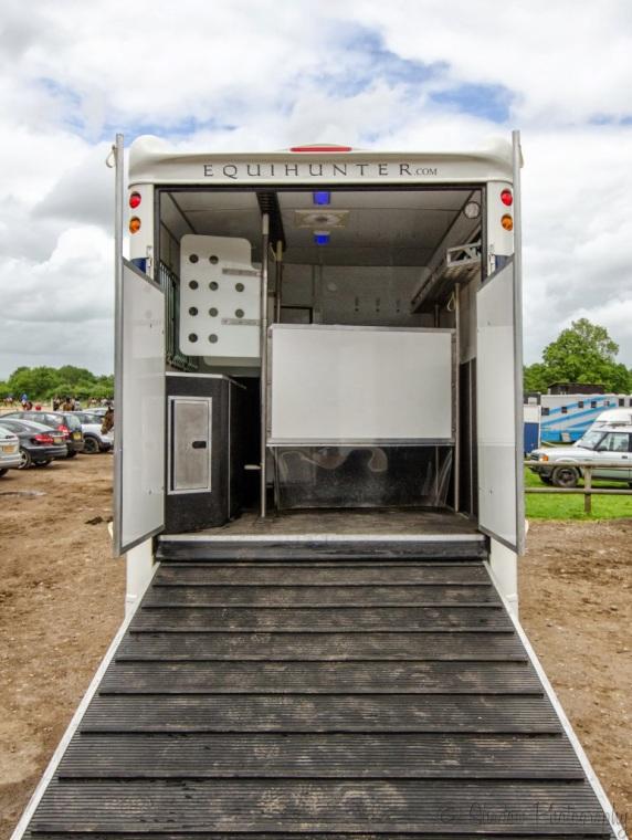 Equihunter Endurance 7.5 Tonne Horsebox (6)
