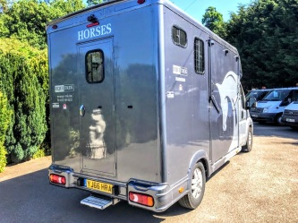 Used Equi-Trek 4,005 kgs Tonne Two Stall Horsebox For Sale (10)
