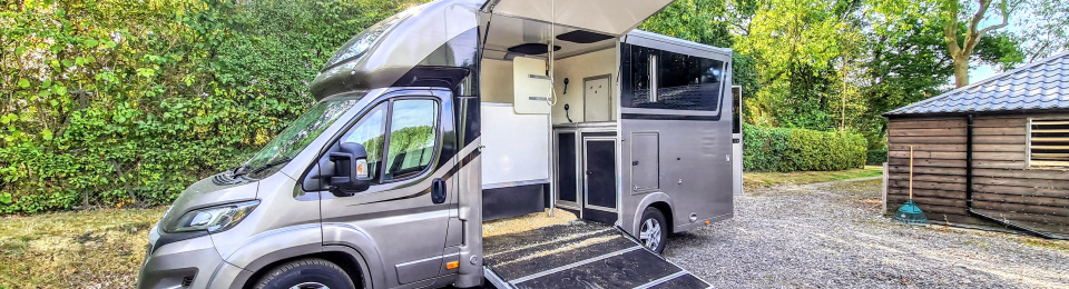 Equihunter Encore 45 - 4.5 Tonne Two Stall Horsebox