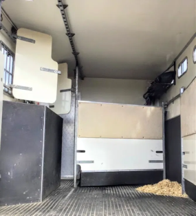 Well Maintained, Reliable & Spacious 7.5 Tonne Horsebox For Sale